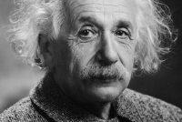 Miljoen euro foar E=mc2 yn Einsteins eigen hânskrift