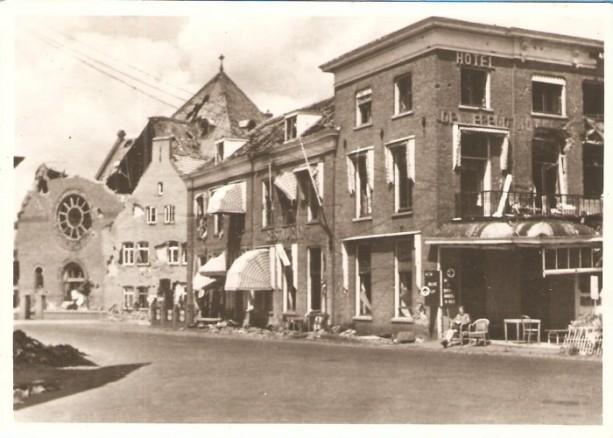 Hotel De Wereld yn 1945