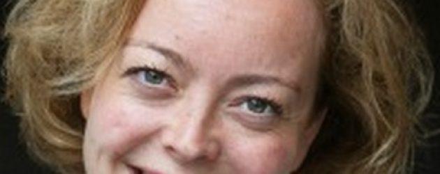 Deputearre Poepjes: Ryk moat flink ynvestearje yn Frysk op skoalle