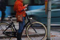Nederlanners sette manmachtich koroana-app op telefoan