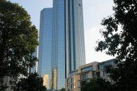 Deutsche Bank skrast wer tûzenen banen