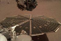 NASA's Insight fangt lûd fan de wyn op Mars op
