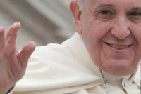 Paus Fransiskus bidt op fersyk fan komsaris Brok foar de Friezen