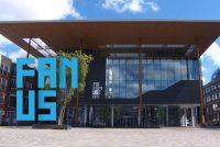 'Fan ús', efter de skermen by it Frysk Museum