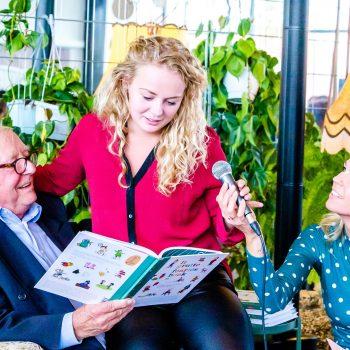 'It Grutte Foarlêsboek II' yn ûntfangst naam troch Aart Staartjes