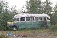 Bus út 'Into the Wild' út wyldernis Alaska wei helle