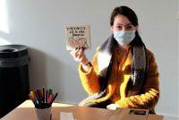 Studinten meitsje yn Frysk Fersetsmuseum keunstwurk oer frijheid