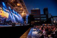 CityProms fiert tsienjierrich jubileum mei hûnderten Friezen
