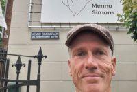 Eric Hoekstra: By Menno Simons syn Fûnemintboek yn ôfleveringen