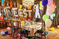 Keramykmuseum Prinsessehof siket feesttafels foar útstalling