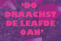 Presintaasje blomlêzing LHBTY+-literatuer op Rôze Sneon